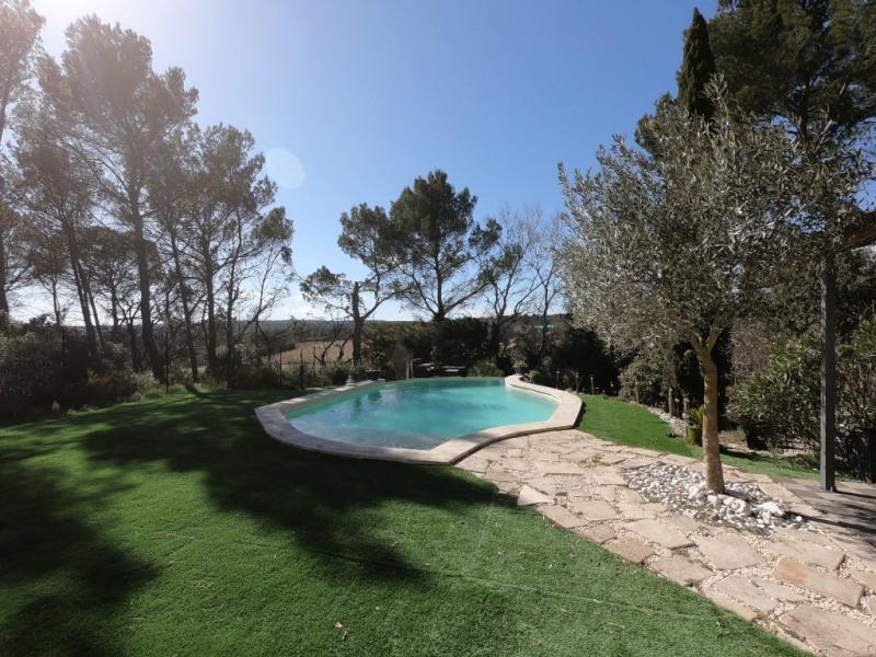 Deluxe sale house / villa Ventabren 670000€ - Picture 2
