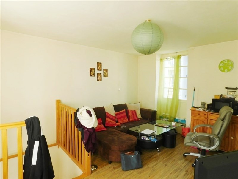 Sale apartment Fougeres 56 400€ - Picture 1
