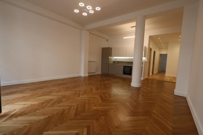 Verkoop  appartement Nice 375000€ - Foto 2