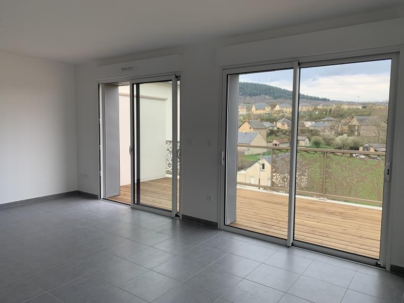 Location appartement Laissac 570€ CC - Photo 2