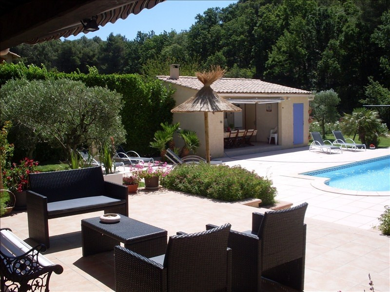 Deluxe sale house / villa Salon de provence 649000€ - Picture 3