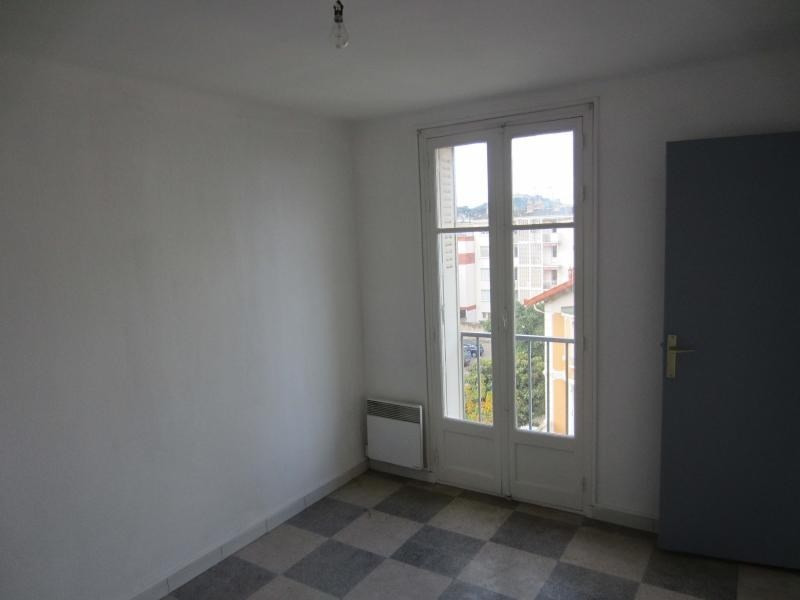 Rental apartment La seyne sur mer 595€ CC - Picture 4