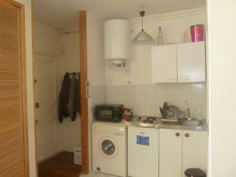 Rental apartment Levallois perret 630€ CC - Picture 1