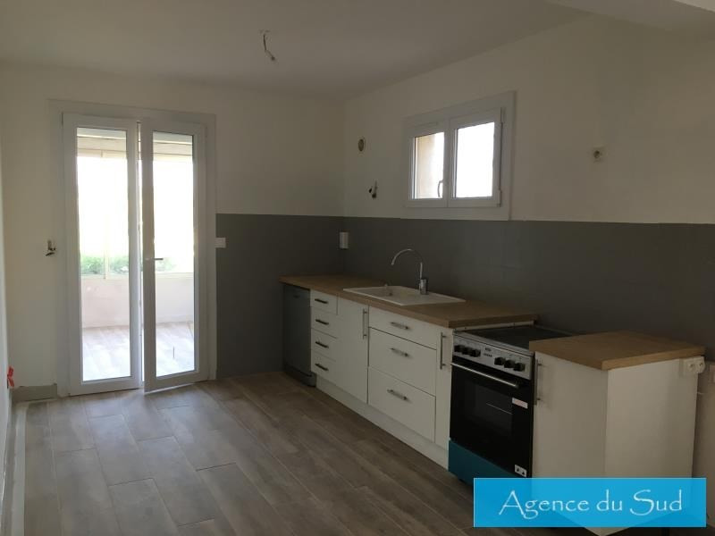 Location maison / villa Carnoux en provence 1 200€ CC - Photo 4