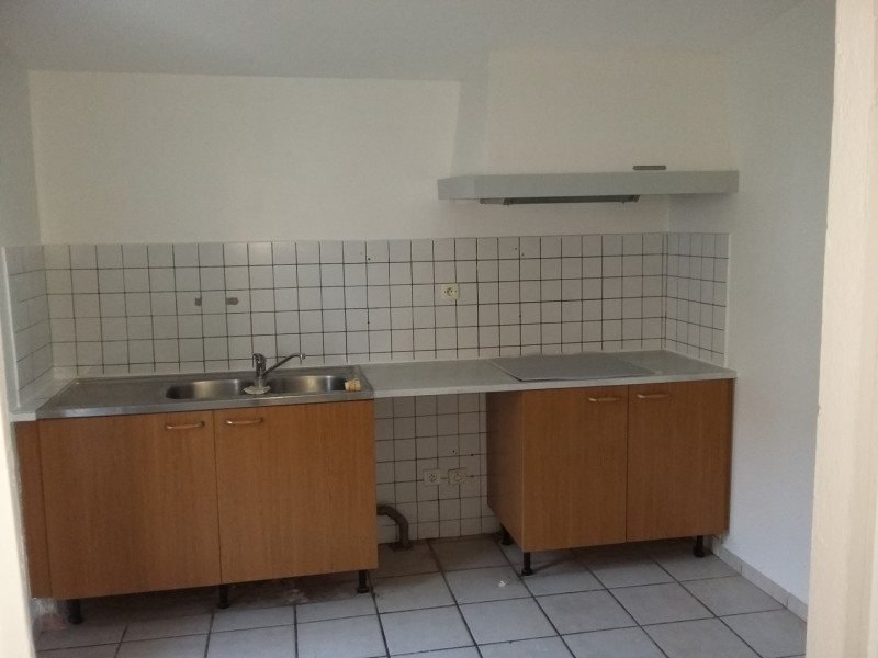 Location maison / villa Portets 672€ CC - Photo 4