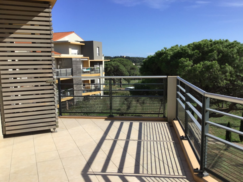 Rental apartment Fréjus 1 110€ CC - Picture 1