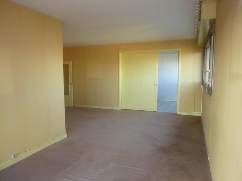 Sale apartment Poissy 296 800€ - Picture 2