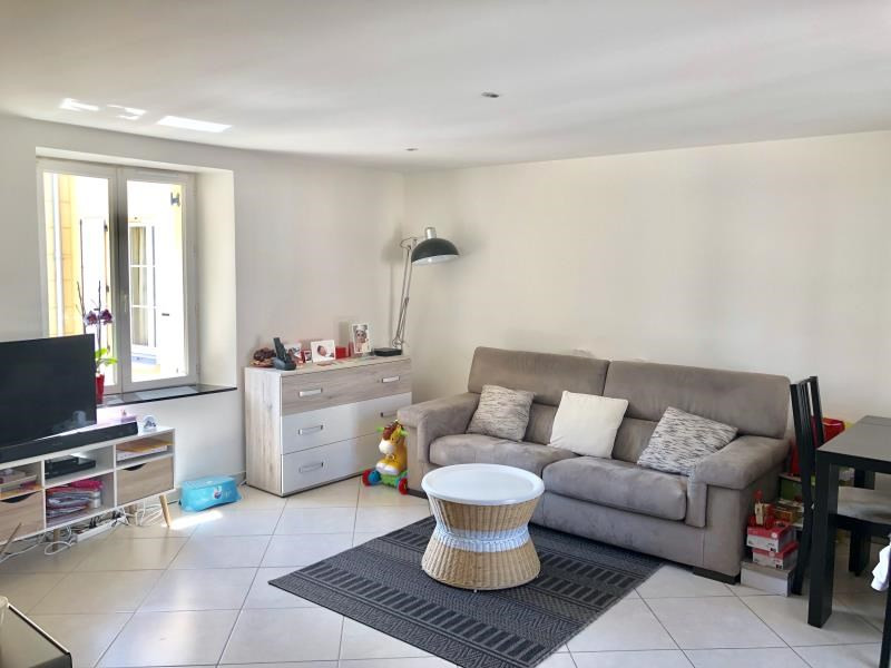 Sale apartment Houilles 256 000€ - Picture 1