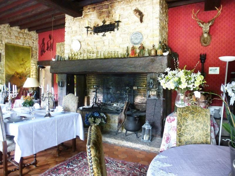 Vente de prestige maison / villa Vieux-mareuil 609000€ - Photo 9