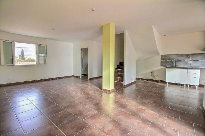 Location maison / villa Garons 919€ CC - Photo 2