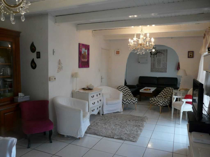 Sale house / villa Saint-genest-lerpt 237000€ - Picture 4