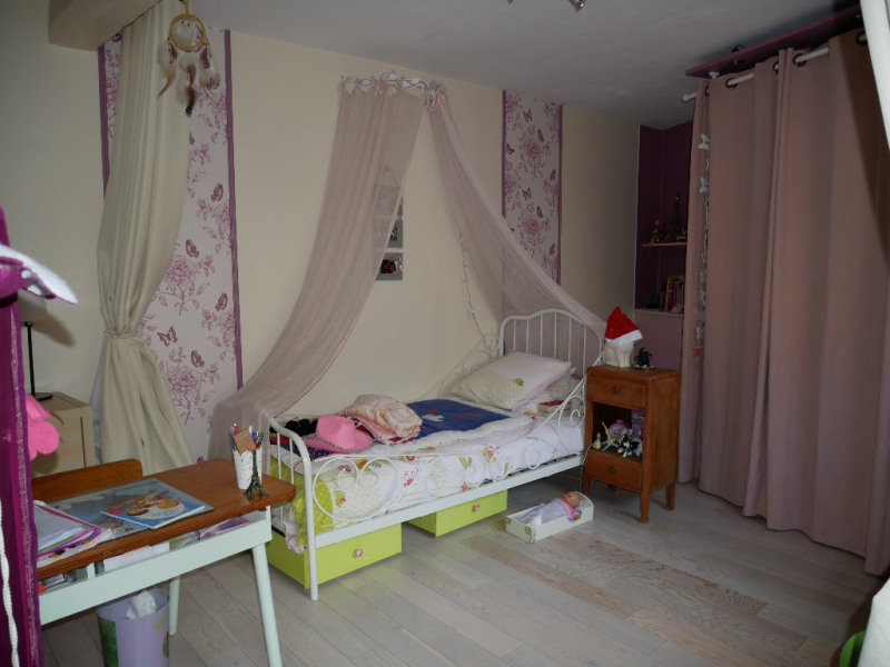Sale house / villa Morainvilliers 327000€ - Picture 9