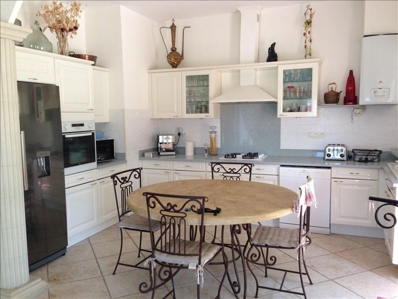 Deluxe sale house / villa Simiane collongue 590000€ - Picture 4