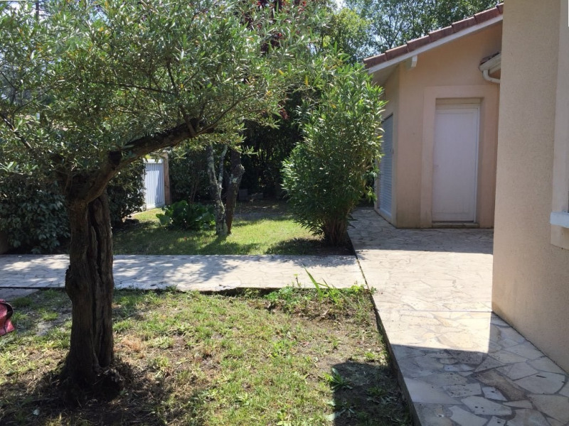 Vente maison / villa Ares 490000€ - Photo 2