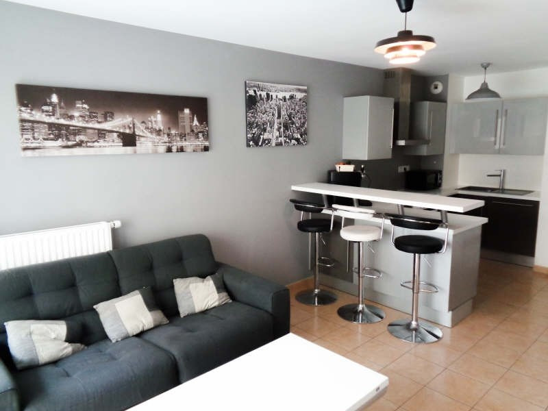Sale apartment Cannes la bocca 289 000€ - Picture 1