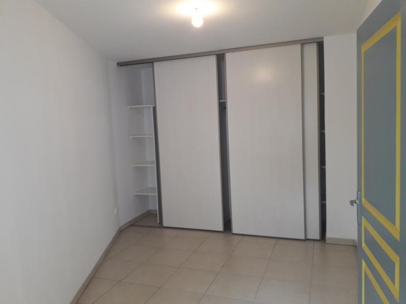 Location appartement Moufia 542€ CC - Photo 4