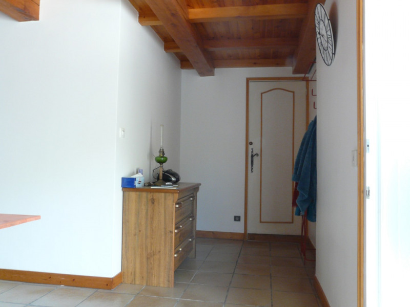 Rental house / villa Saint-augustin 740€ CC - Picture 7