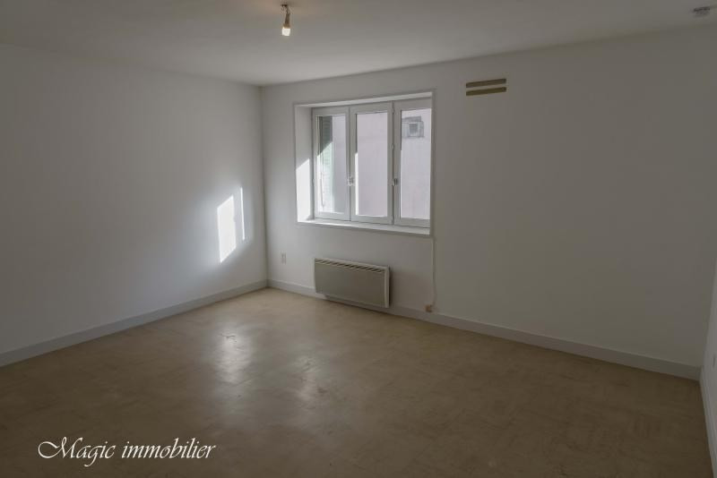 Rental apartment Nantua 246€ CC - Picture 2