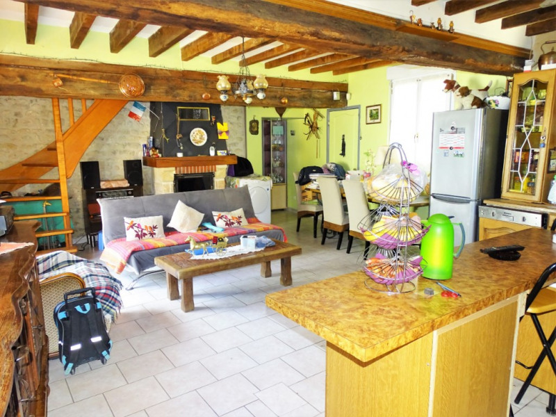 Vente maison / villa Voves 121 000€ - Photo 2