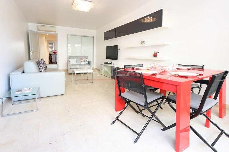 Vente de prestige appartement Juan-les-pins 299 000€ - Photo 2