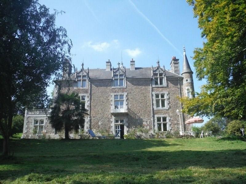 Château et ses dépendances aménagées - Grand parc