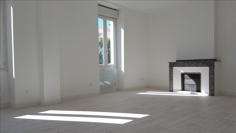 Sale apartment Carcassonne 127000€ - Picture 3