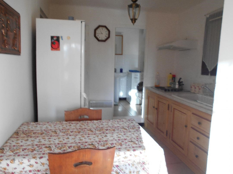 Vacation rental apartment Bandol 570€ - Picture 1
