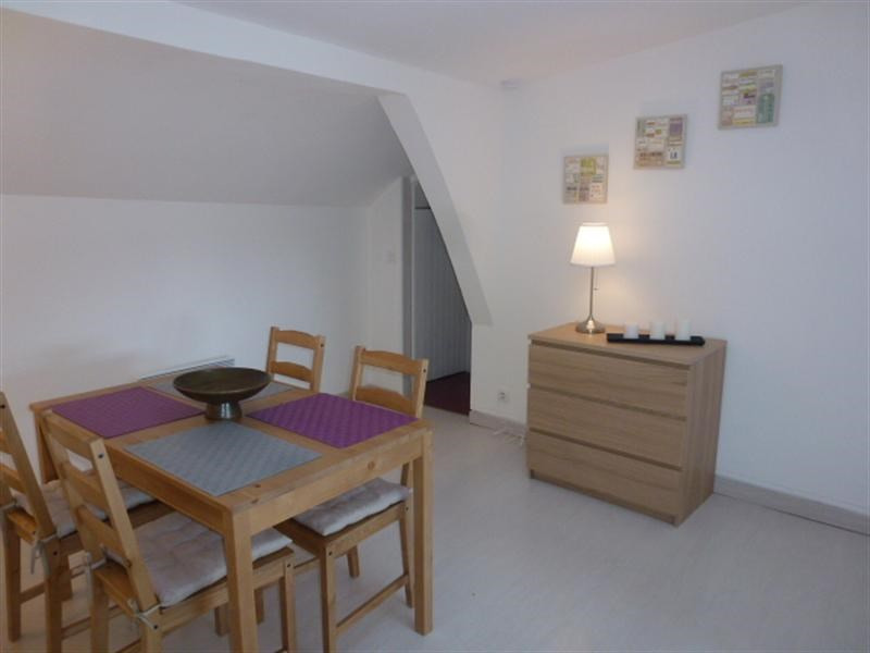 Rental apartment Fontainebleau 1 013€ CC - Picture 3