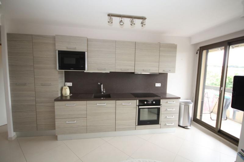 Rental apartment Cap d'antibes 1200€ CC - Picture 4