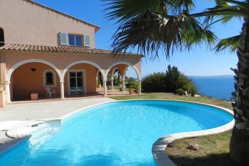 Deluxe sale house / villa Le lavandou 2756000€ - Picture 3