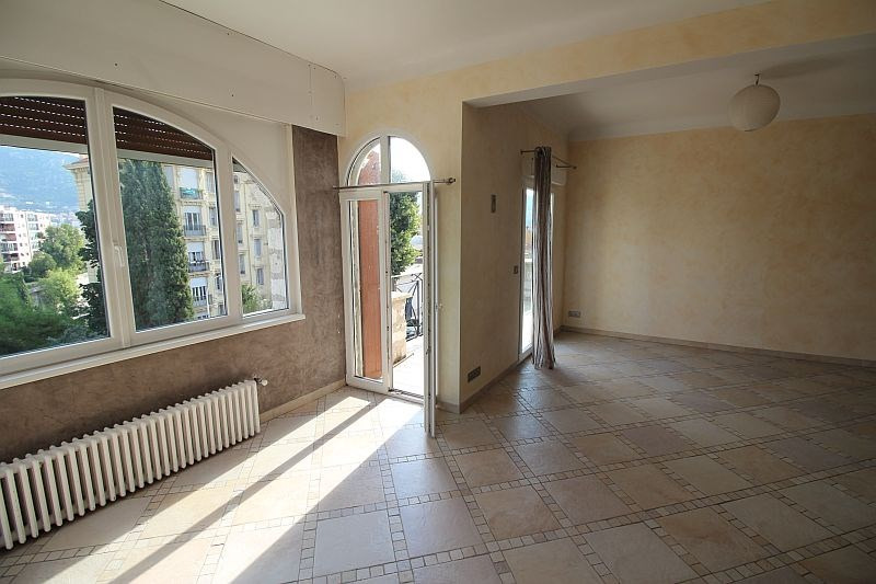 Deluxe sale house / villa Nice 659000€ - Picture 1