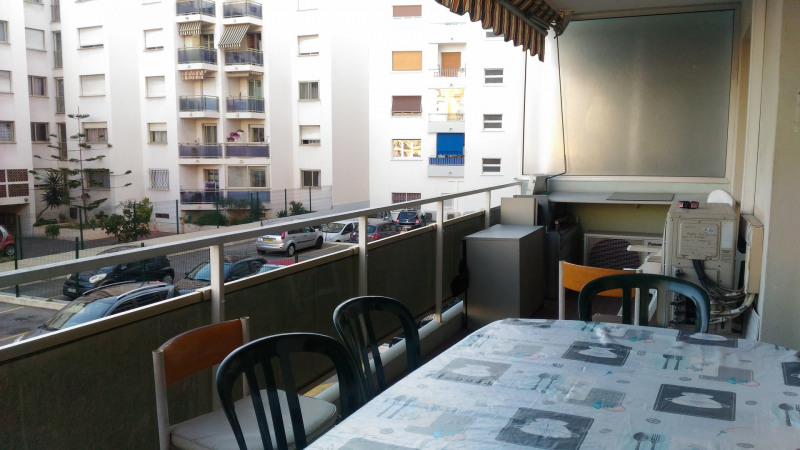 Rental office Cagnes sur mer 800€ CC - Picture 4