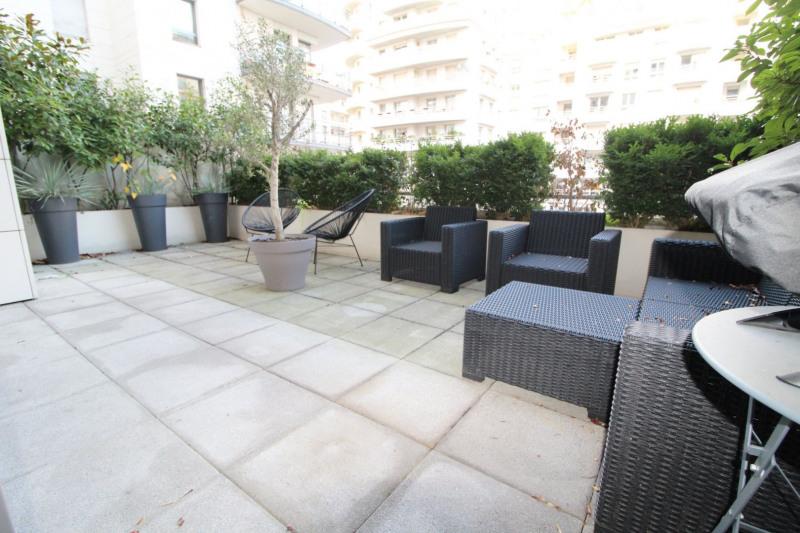 Rental apartment Levallois perret 2250€ CC - Picture 1