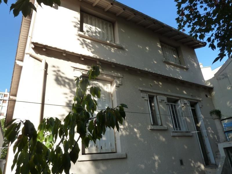Sale house / villa Villejuif 585000€ - Picture 1