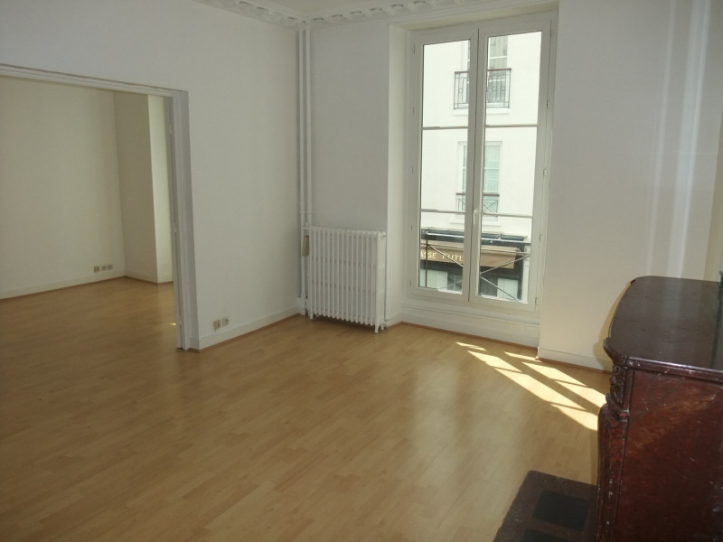 Rental apartment Paris 8ème 3 500€ CC - Picture 3