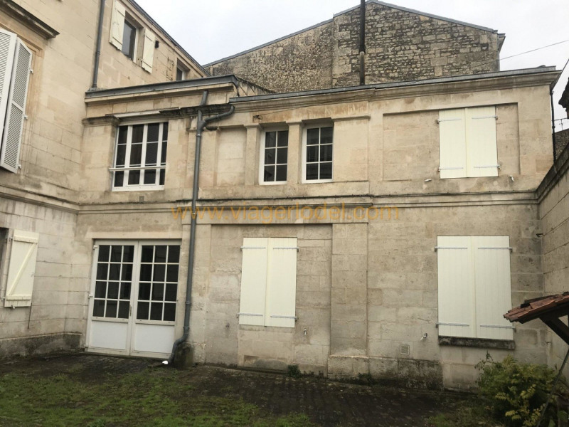 Life annuity private mansion Niort 765 000€ - Picture 1