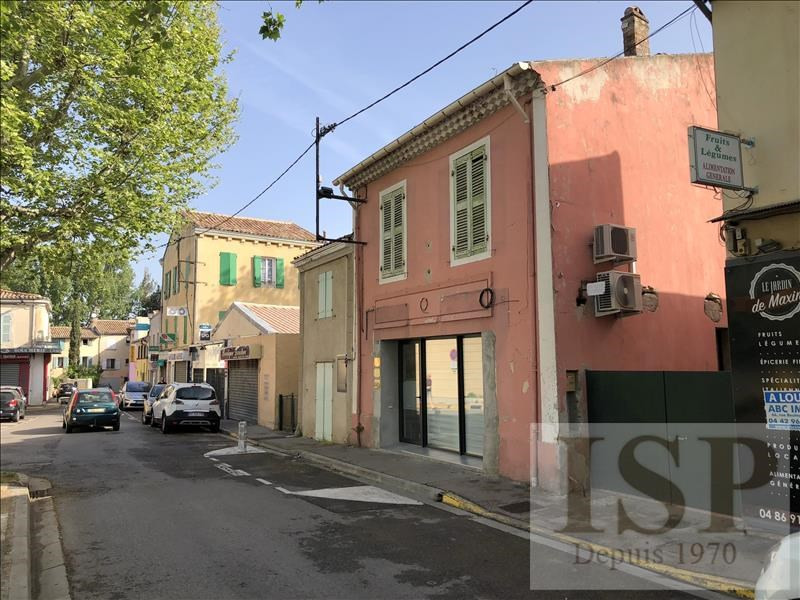 Rental apartment Les milles 811€ CC - Picture 2