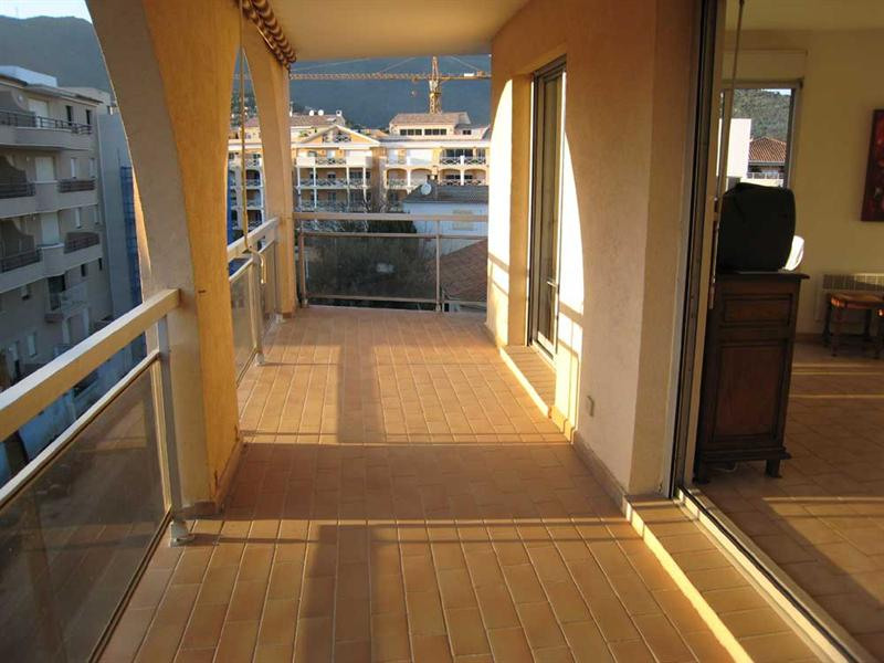 Vacation rental apartment Cavalaire sur mer 420€ - Picture 8