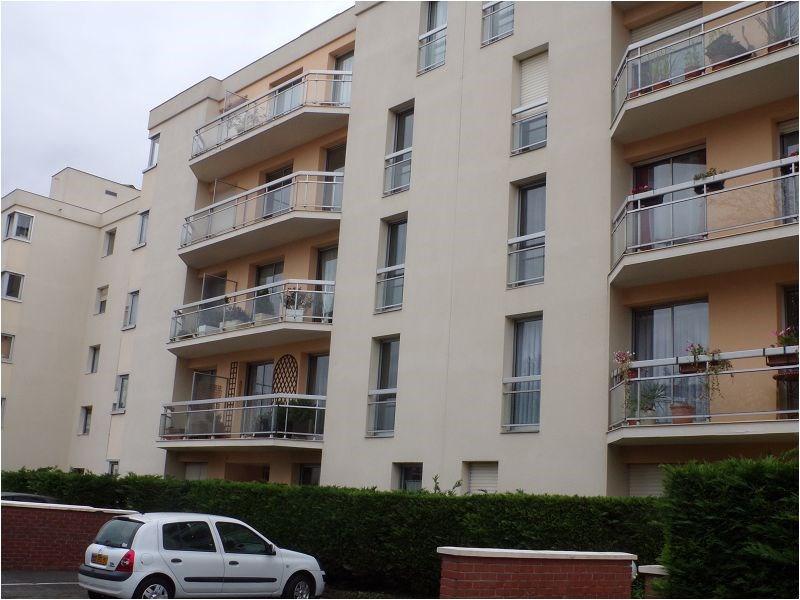Sale apartment Montgeron 189000€ - Picture 1