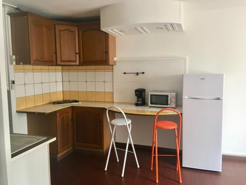 Rental apartment Ste clotilde 550€ CC - Picture 1
