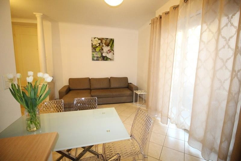 Location appartement Nice 1 100€ CC - Photo 3