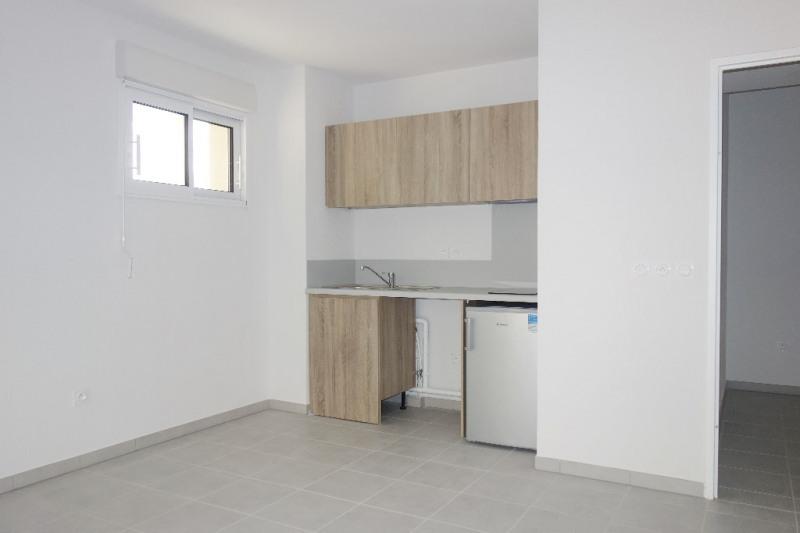 Verhuren  appartement Londe les maures 670€ CC - Foto 2