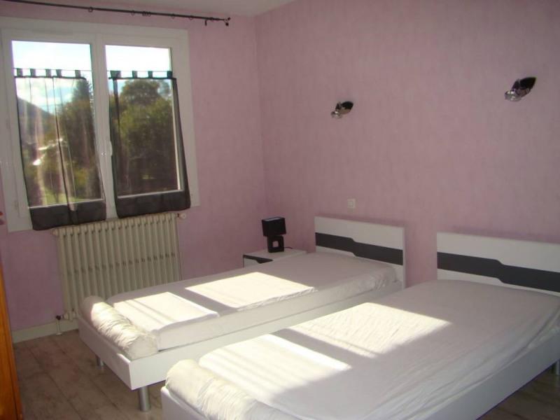 Location maison / villa Saint-laurent-du-pont 850€ CC - Photo 5