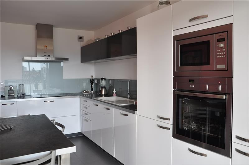 Sale apartment Oyonnax 214000€ - Picture 2
