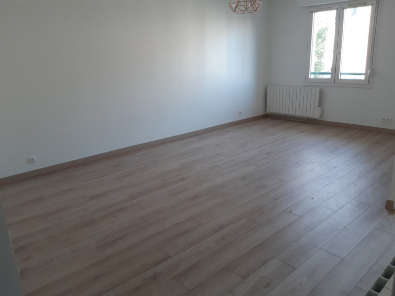Rental apartment Rambouillet 815€ CC - Picture 4