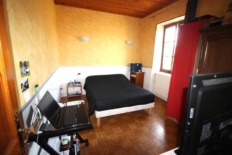 Vente maison / villa Les abrets 196000€ - Photo 4