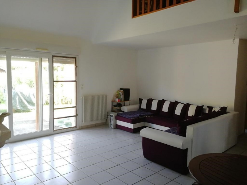 Sale house / villa Chateau renault 191 500€ - Picture 2