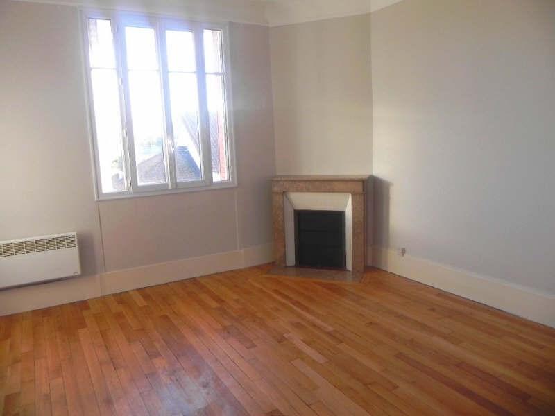 Rental apartment Conflans ste honorine 915€ CC - Picture 1