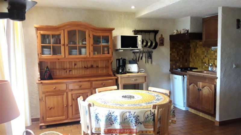 Sale apartment Bormes les mimosas 290 000€ - Picture 2
