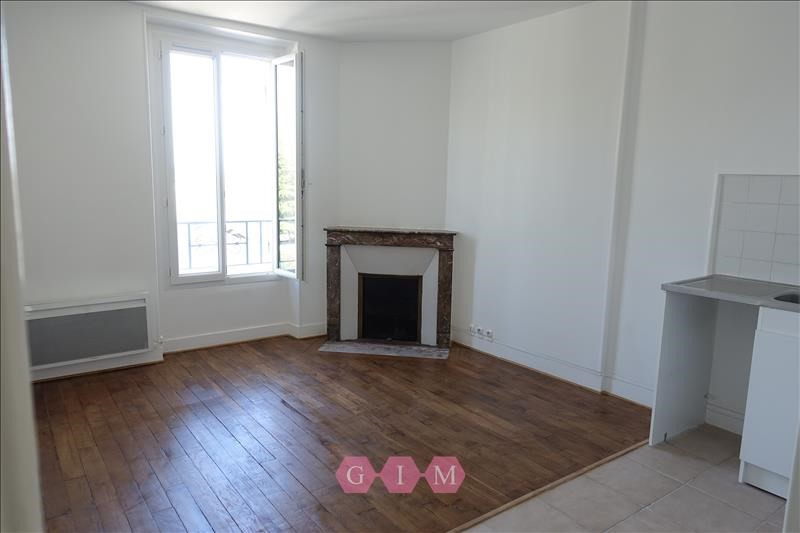 Rental apartment Parmain 731€ CC - Picture 2